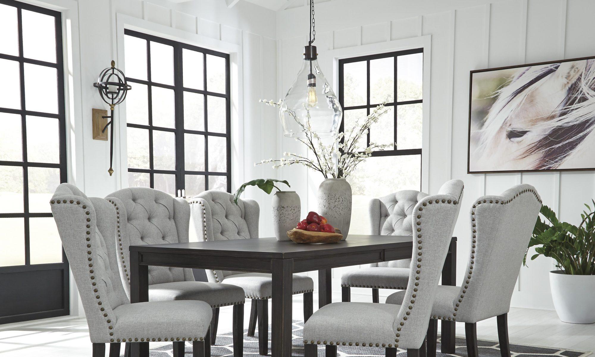 Meble stołowe 702